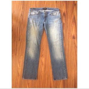 Levi • Super Low Jeans